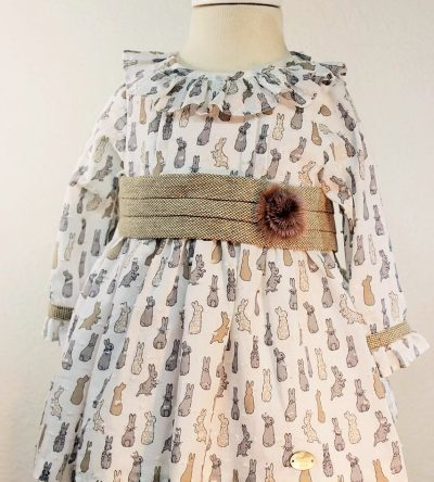 Vestido-bebé-estampado-conejitos