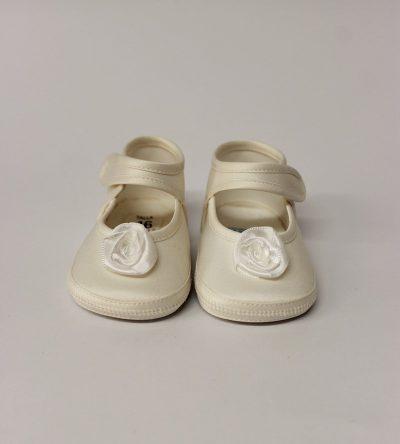 Zapato-bebé-niña-marfil-flor