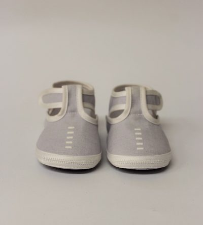 Zapato-bebé-niño-gris-claro