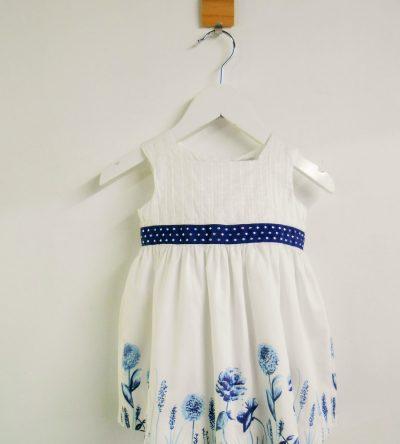 Vestido-bebé-flor-azul