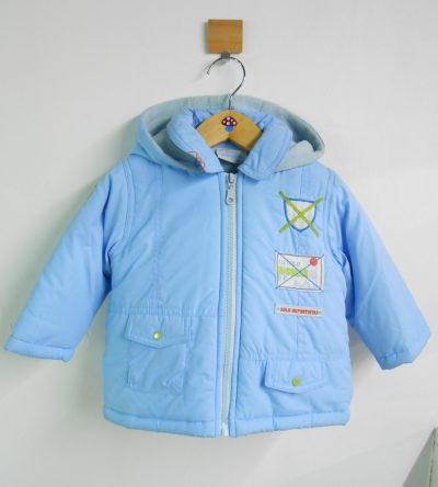 Abrigo-acolchado-bebé-niño-azul-claro