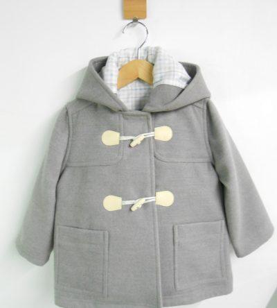Trenka-bebé-gris-claro
