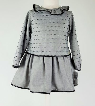Basmarti-vestido-plumeti-gris-Anabel-moda-infantil